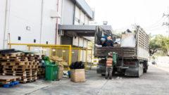 回収された金属はどのような流れでリサイクルされるの?